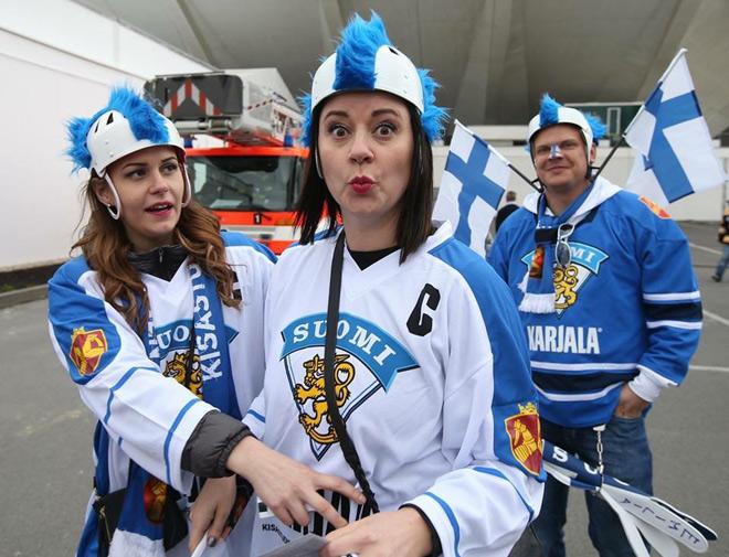 Болельщицы сборной Финляндии