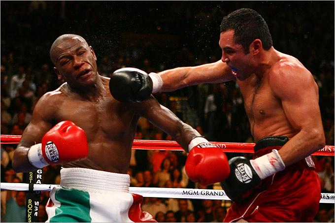2007 год. Поединок за титул WBC в первом среднем весе. Соперник: Оскар де ла Хойя (США). Результат: победа раздельным решением.