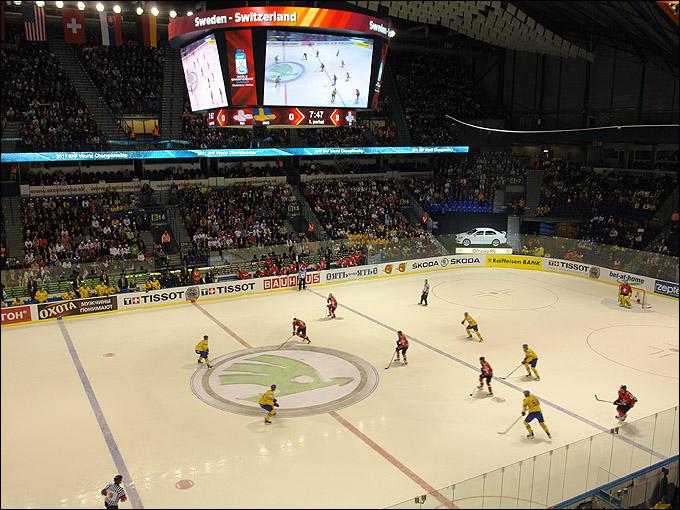 За время двадцатилетнего участия в качестве главного спонсора чемпионата мира по хоккею IIHF марка ŠKODA предоставила идеи для новаторской рекламы