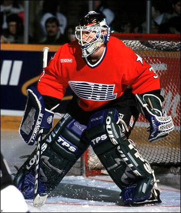 Роберт Эш пришел в молодежную сборную США из сборной OHL