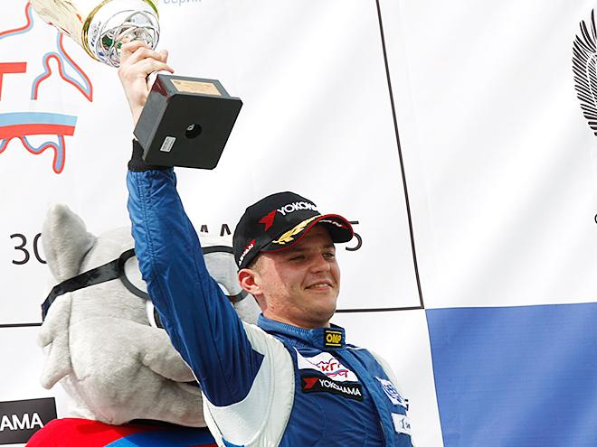 Три недели назад на «Смоленском кольце» Андрей Масленников одержал свою первую победу в «Туринг-Лайте»
