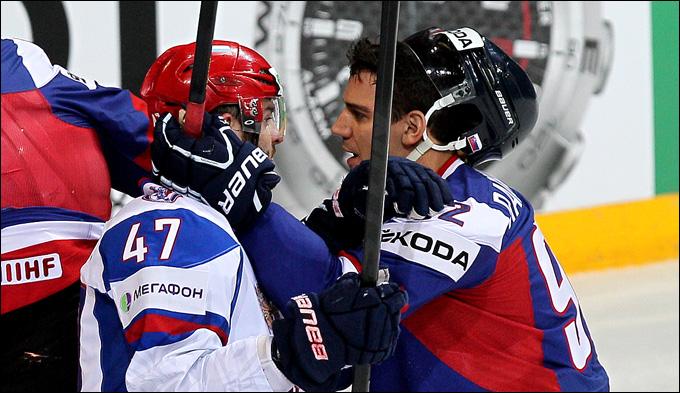 Бранко Радивоевич (справа) против Александра Радулова
