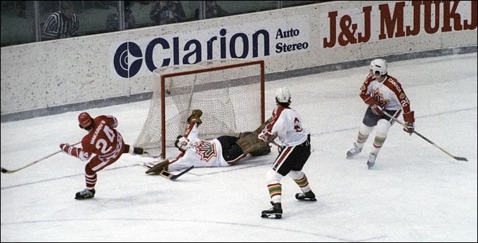 Сергей Макаров и его очередной шедевр в канадские ворота