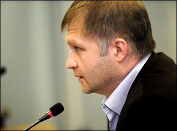 Начальник Департамента судейства КХЛ Александр Поляков