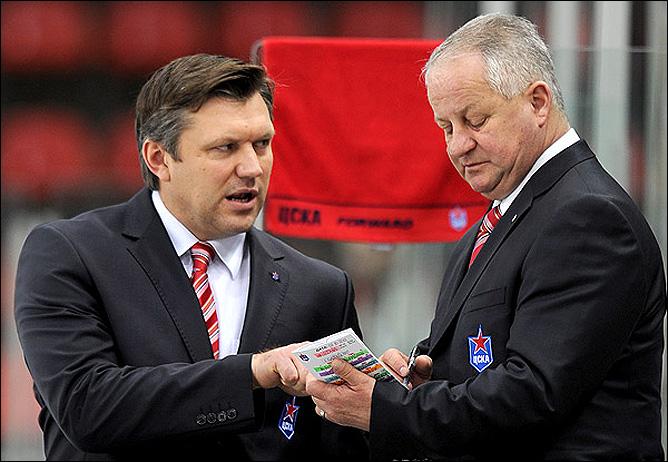 Юлиус Шуплер (справа)