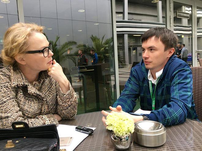 Оксана Косаченко даёт интервью «Чемпионату»