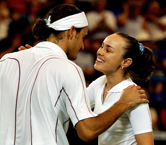 Хингис вновь выразила желание выступить в паре с Федерером