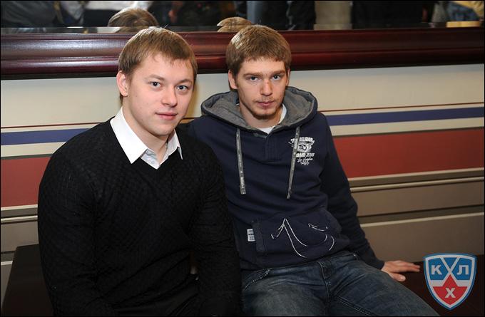 Евгений Кузнецов (справа) и Владимир Тарасенко