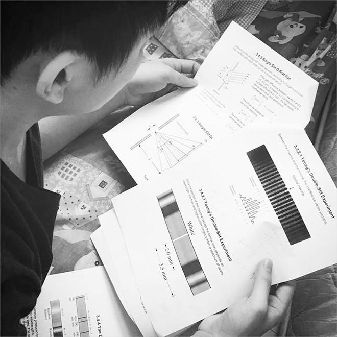 Помимо подготовки к турнирам MidOne готовился к экзаменам