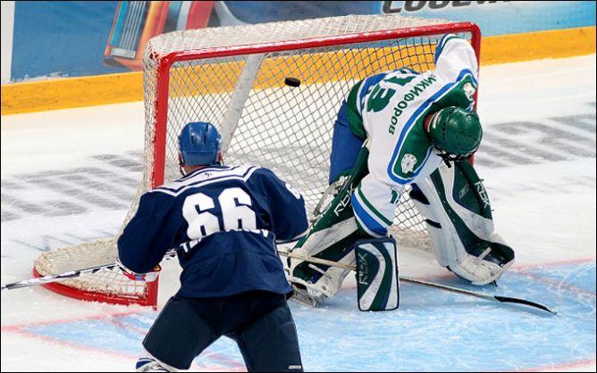 12 февраля 2011 года. Уфа. Матч ветеранов хоккея.