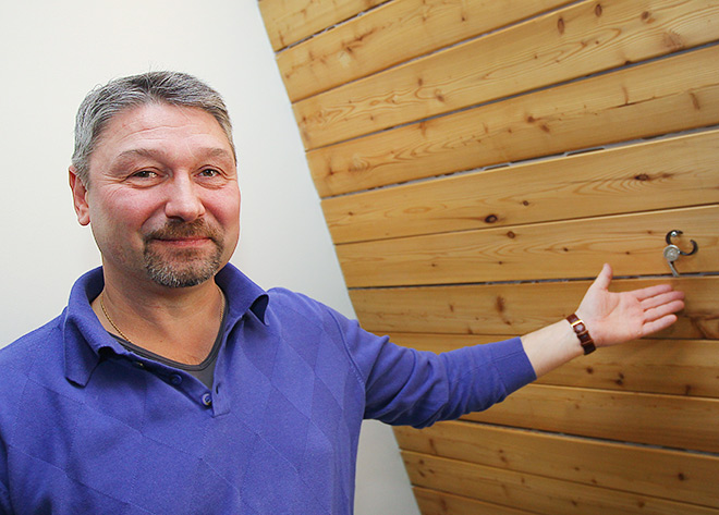 Прямо в редакции «Чемпионата» Александр Черенков повесил свой свисток на гвоздь