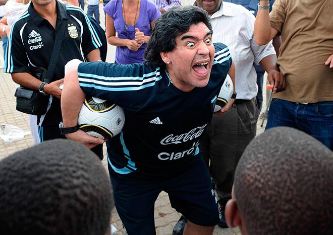 Диего Марадоне исполнилось 54 года