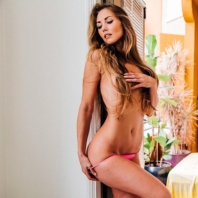 Нора Сегура