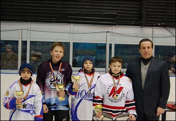 Николай Макаров на детском турнире имени себя