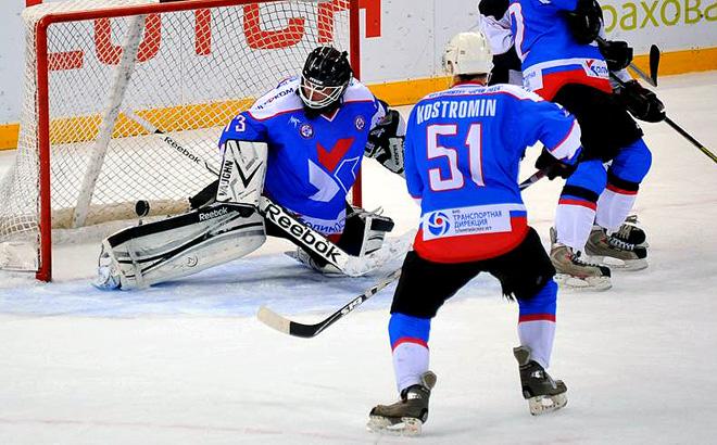 Предпоследний игровой день Ночной хоккейной лиги в Сочи