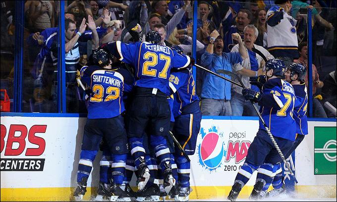 """30 апреля 2013 года. Сент-Луис. Плей-офф НХЛ. 1/8 финала. Матч № 1. """"Сент-Луис"""" — """"Лос-Анджелес"""" — 2:1 (ОТ). Есть первая победа блюзменов в плей-офф!"""