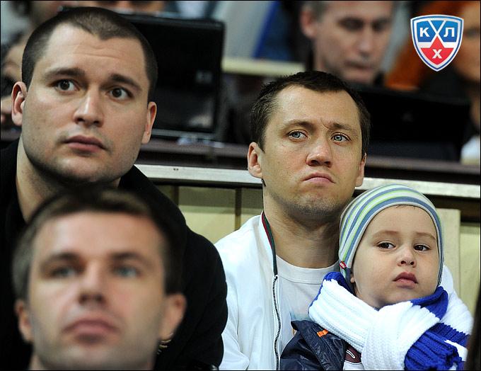 Александр Суглобов и Егор Михайлов с сыном