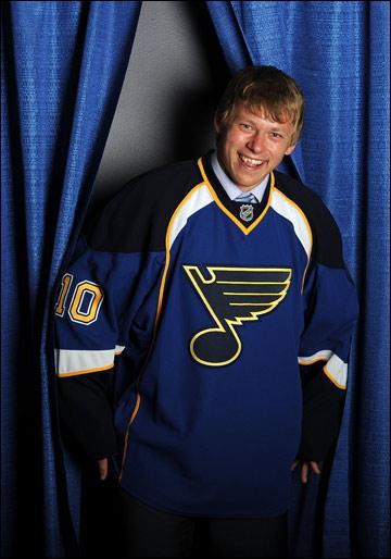 Владимир Тарасенко. Фотосессия после Драфта НХЛ