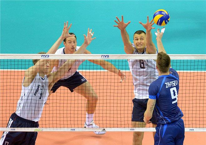 В матче с командой США Иван Зайцев получил травму