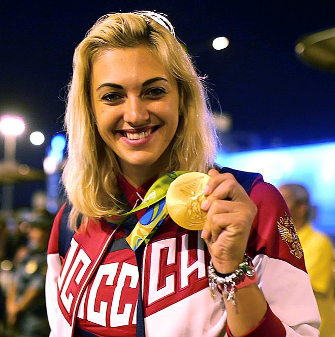 Гандболистка Анна Сень, завоевавшая с командой золото на олимпийском турнире