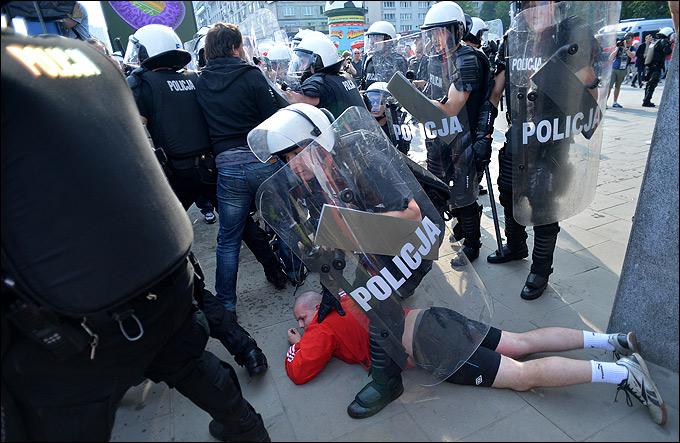 Беспорядки в Варшаве