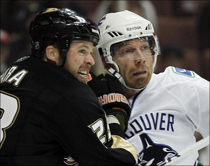 13.10.2010. НХЛ. Обзор дня. Фото 01