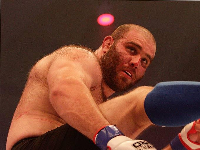Михаил Газаев — чемпион России по ММА в тяжёлом весе