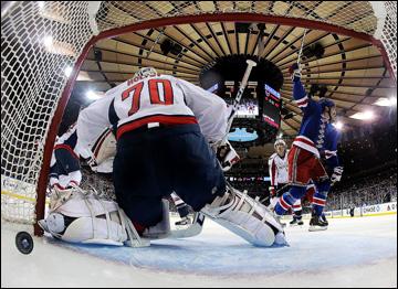 """6 мая 2013 года. Нью-Йорк. Плей-офф НХЛ. 1/8 финала. Матч № 3. """"Рейнджерс"""" — """"Вашингтон"""" — 4:3. Гол Брайана Бойла"""