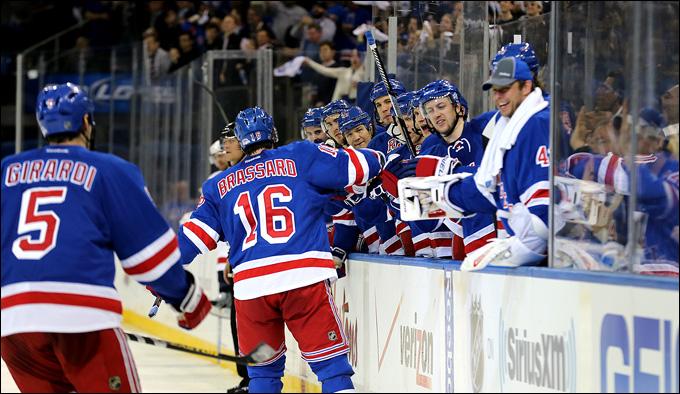 """6 мая 2013 года. Нью-Йорк. Плей-офф НХЛ. 1/8 финала. Матч № 3. """"Рейнджерс"""" — """"Вашингтон"""" — 4:3. """"Рейджеры"""" сократили отставание в серии"""