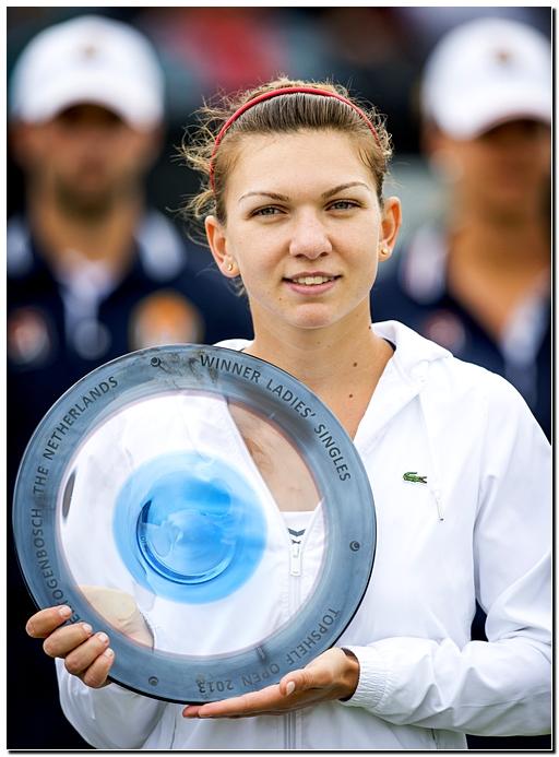 Симона Халеп победила на двух разных покрытиях за две недели