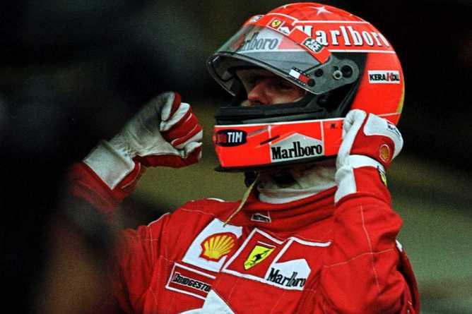 """Михаэль Шумахер приносит """"Скудерии"""" первый чемпионский титул с 1979 года"""