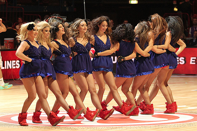 Все «армейцы» остались без побед на этом Финале четырёх: несмотря на все старания, группа поддержки ЦСКА уступила в финальном голосовании