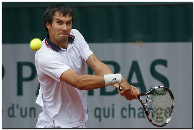 Евгений Донской вышел в четвертьфинал