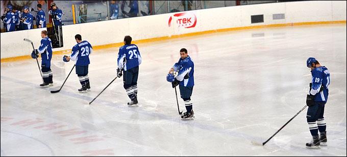 """Как """"кинуть"""" хоккеиста в Украине"""