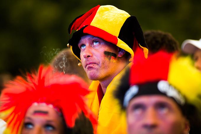 Немецким болельщикам тоже достанется за бросание пиротехники