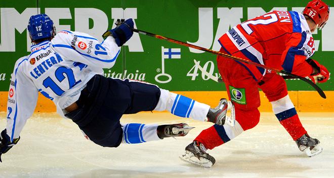 1 мая 2014 года. Хельсинки. Еврохоккейтур. Финляндия — Россия — 2:1. Йори Лехтеря против Евгения Медведева