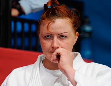 Елена Иващенко покончила жизнь самоубийством