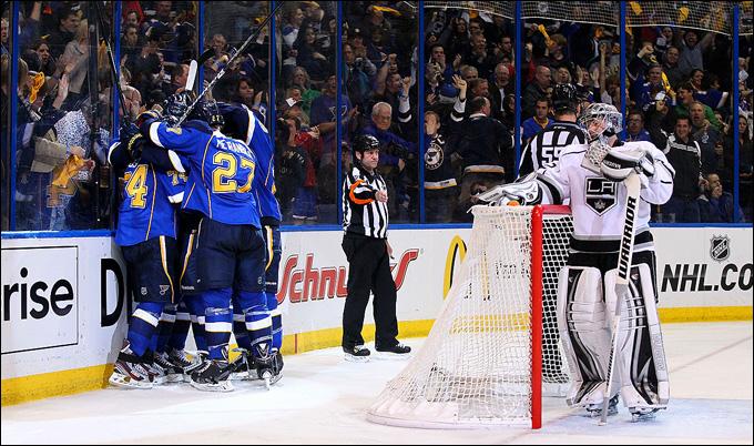 """2 мая 2013 года. Сент-Луис. Плей-офф НХЛ. 1/8 финала. Матч № 2. """"Сент-Луис"""" — """"Лос-Анджелес"""" — 2:1. О ком звучит блюз?"""