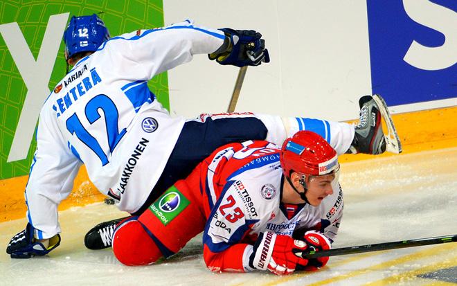 1 мая 2014 года. Хельсинки. Еврохоккейтур. Финляндия — Россия — 2:1. Йори Лехтеря против Дмитрия Орлова