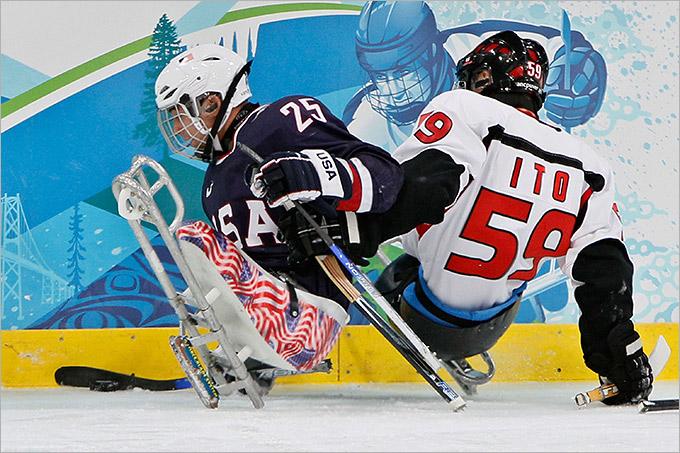 Силовой борьбы в следж-хоккее вполне достаточно