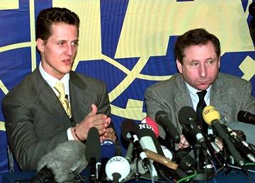 Михаэль Шумахер и Жан Тодт после жёсткой дисквалификации в сезоне-97