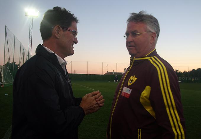 По окончании игры Капелло и Хиддинк – два признанных мэтра в тренерской профессии – не упустили возможности пообщаться между собой