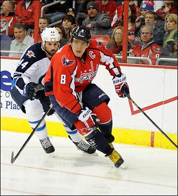 """6 февраля 2014 года. Вашингтон. Регулярный чемпионат НХЛ. """"Вашингтон"""" — """"Виннипег"""" — 4:2. Атакует Александр Овечкин"""
