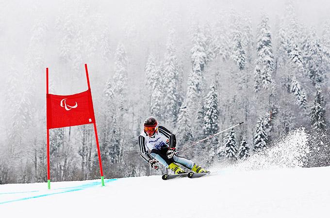 На дистанции Алексей Бугаев – звезда паралимпийского горнолыжного спорта