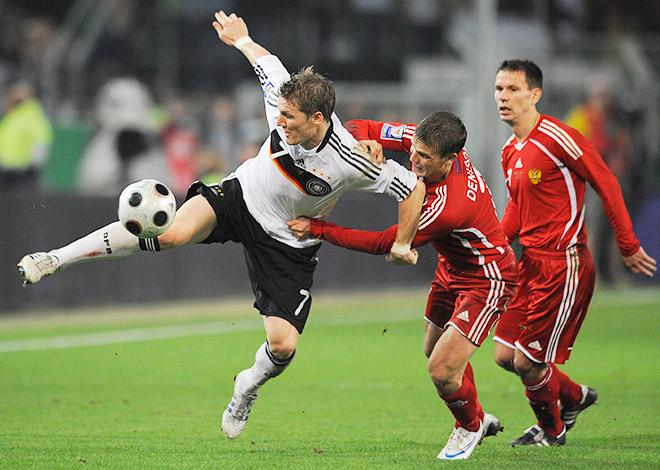 11 октября 2008 года сборная Германии у себя на поле еле отбилась от сборной России