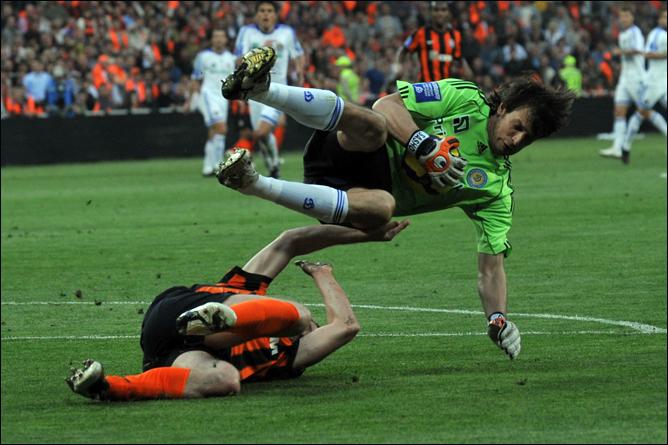 Сильнейшие клубы Украины встречались между собой в Кубке Украины восемь раз