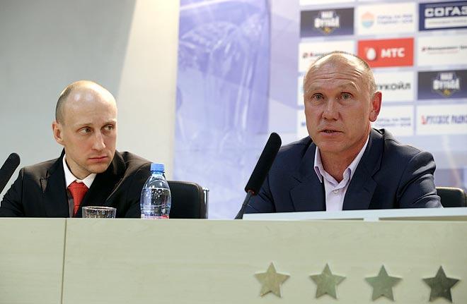Сергей Родионов (справа)