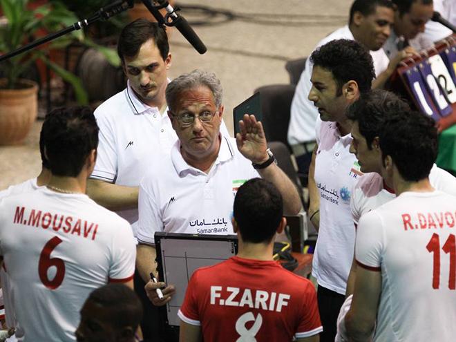 Хулио Веласко в сборной Ирана
