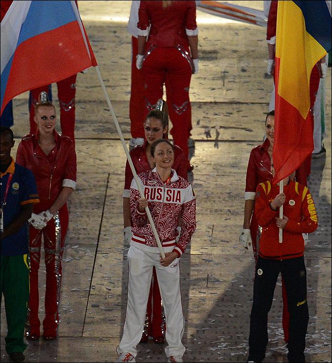 Пятикратную олимпийскую чемпионку Анастасию Давыдову единогласно выбрали знаменосцем на закрытие Игр