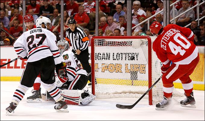 """20 мая 2013 года. Детройт. Плей-офф НХЛ. 1/4 финала. Матч № 3. """"Детройт"""" — """"Чикаго"""" — 3:1. """"Детройт"""" побеждает второй раз подряд в серии"""